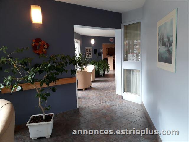 À Vendre à Laval : Salon Coiffure à Vendré. (annonce #250013 ...